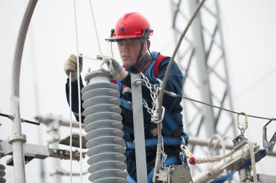 «Россети Ленэнерго» повысили надежность электроснабжения почти 6 тысяч жителей Ленобласти