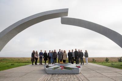 «Россети Ленэнерго» почтили память героев-энергетиков Великой Отечественной войны