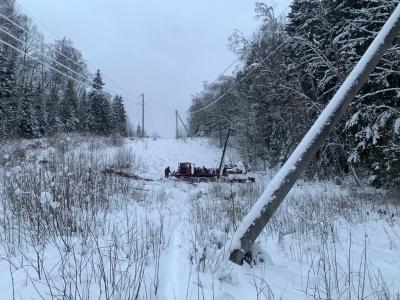 «Россети Ленэнерго» улучшили качество электроснабжения 3 тысяч жителей Лужского района