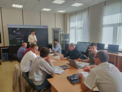 «Россети Ленэнерго» приступили к разработке учебных программ для цифрового класса